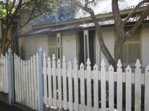 Bessie Guthrie's house     - 97 Derwent St, Glebe, NSW. Australia