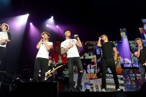 One Direction - first Australian concert, Adelaide, 23 Sep 2013